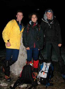 Tom, Nuria y Carlos en la cumbre del Ben Nevis.